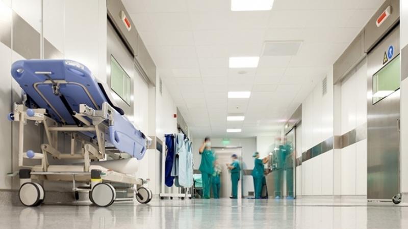 شقيقة إطار شبه طبي في مصحة سكرة: المصحة ما تزال تعمل..