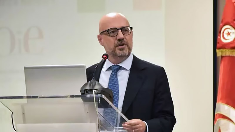 سفير إيطاليا بتونس: لا علم لنا بحادثة الاستيلاء على الباخرة