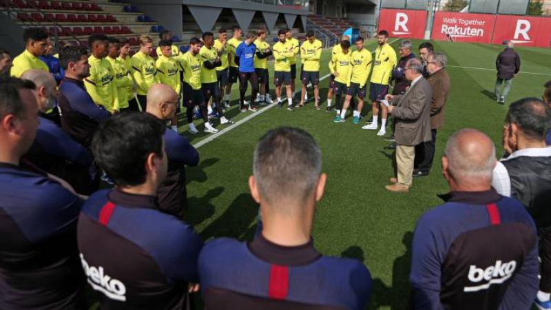 أول حالة إصابة بكورونا داخل نادي برشلونة