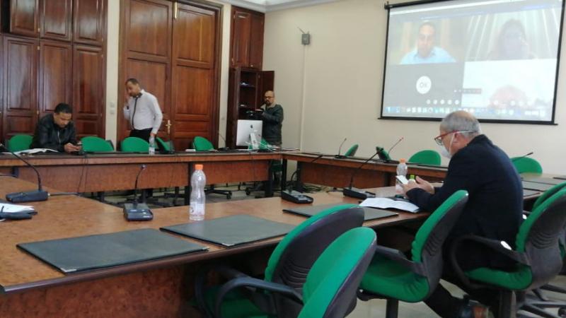 التفويض: الحكومة تطلب إستعجال النظر وتتغيّب عن اللجنة البرلمانية