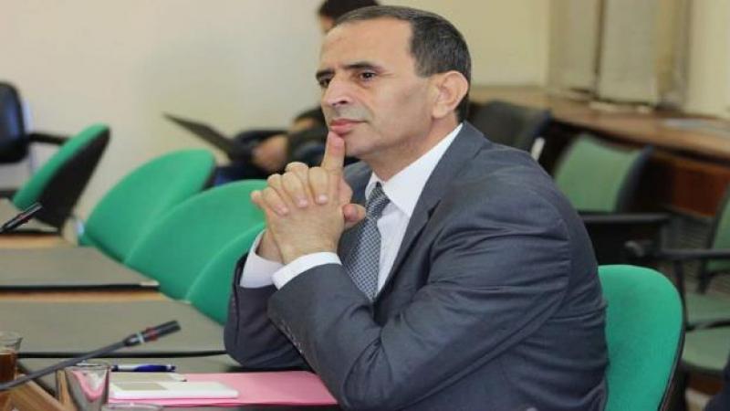 النائب مذيوب لرئيس الحكومة: 1500 تونسي عالق ''هم في رقبتك''