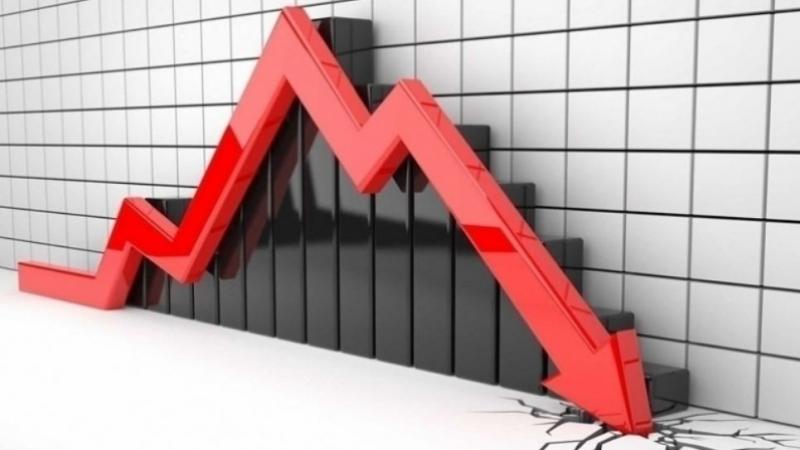 انخفاض عجز الميزان التجاري