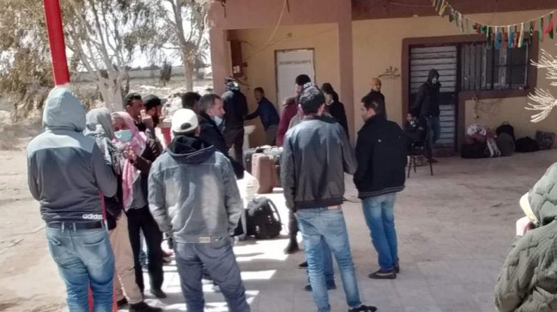 تونسيون عالقون في ليبيا يستغيثون