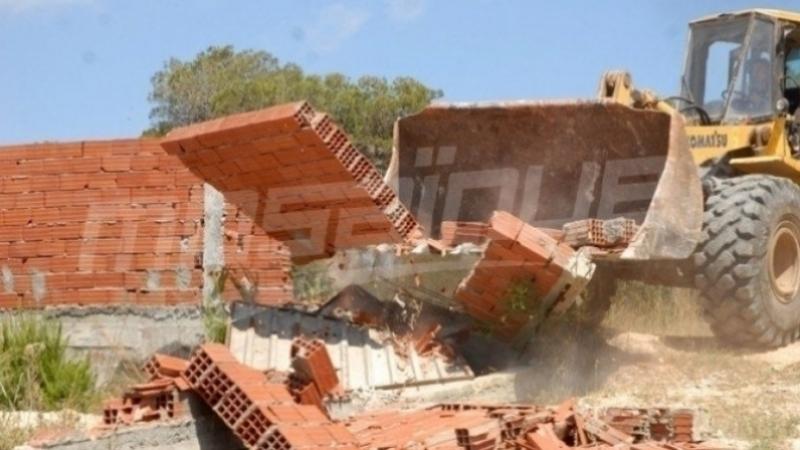 يستغلون الحجر الصحي لتشييد بنايات دون رخص!