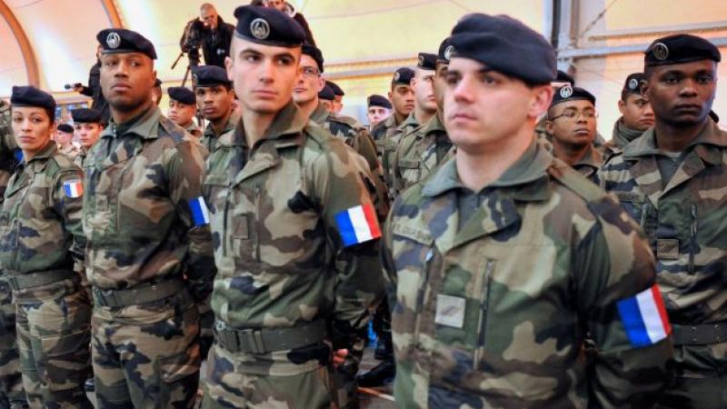 600 إصابة بكورونا في صفوف الجيش الفرنسي