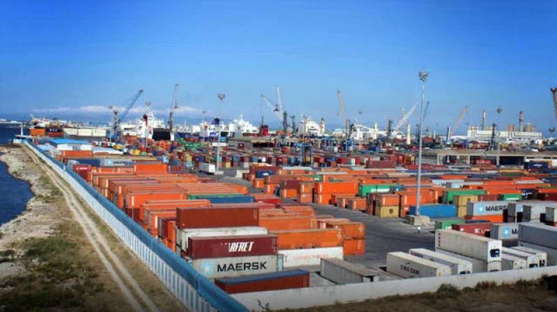 مدير عام النقل البحري: الحركة في الموانئ التجارية متواصلة