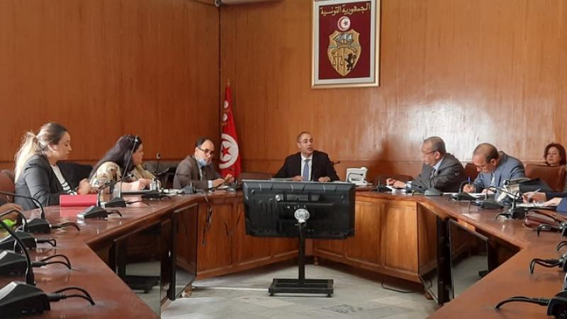 أول اجتماع لخلية الإحاطة والدعم المعنية بالمؤسسات المتضررة