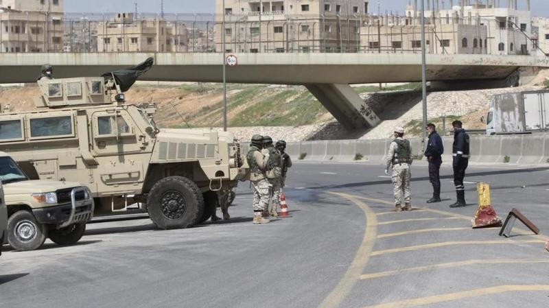 كورونا: حظر تجوال بيومين في الأردن