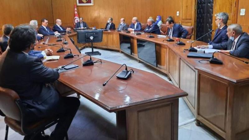 إتّفاق تعبئة قرض مجمع بالعملة لدى البنوك بـ1180 مليون دينار