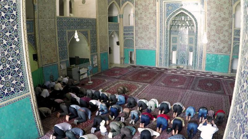 المساجد تفتح أبوابها يوم 4 جوان