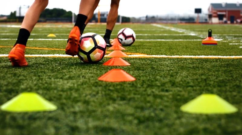 الموافقة على البروتكول الخاص باستنئاف تمارين كرة القدم