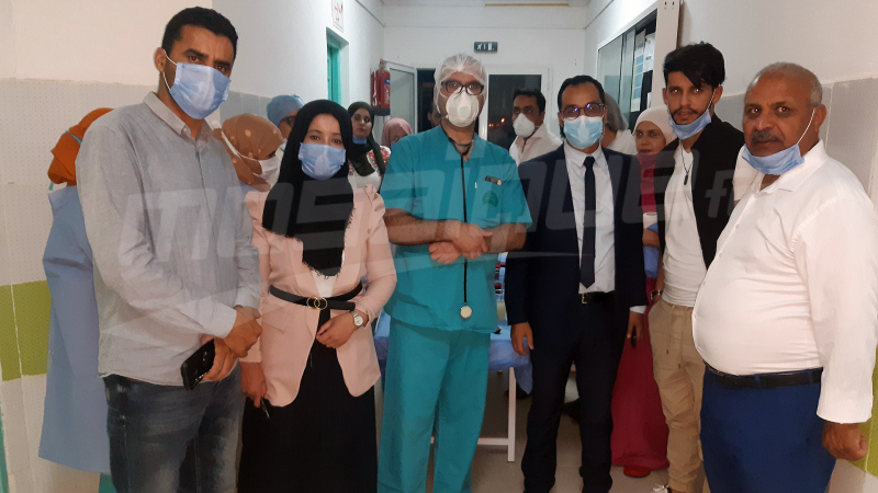 سعد بقير في زيارةمجاملة للإطار الطبي و شبه الطبيبتطاوين