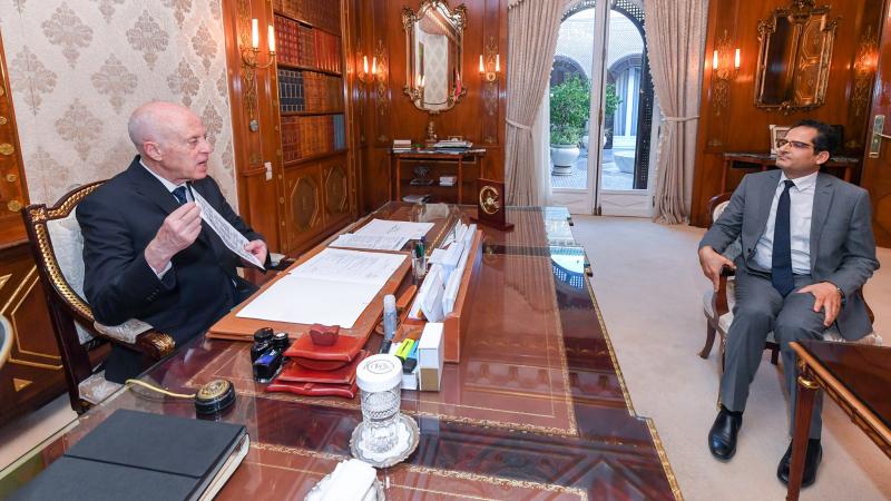 الترفيع في تعريفات المعاليم القنصلية محور لقاء سعيّد بوزير الخارجية