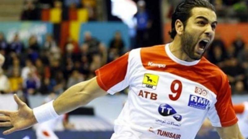 أمين بنور: ترشيحي للفريق المثالي شرف لي وللتونسيين