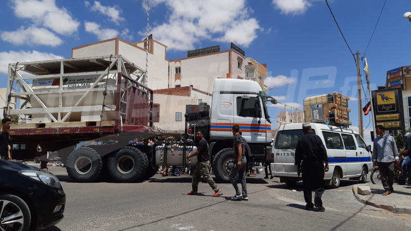 تطاوين: احتجاجات وغلق الطريق وسط المدينة