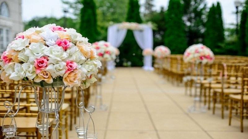 تراخيص حفلات الزواج: لا قرارات بعد ..