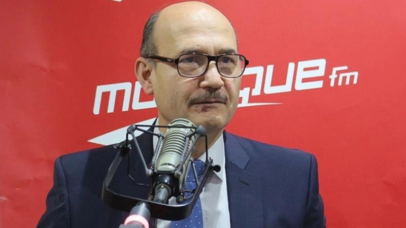 وزير الطاقة عالق في فرنسا..