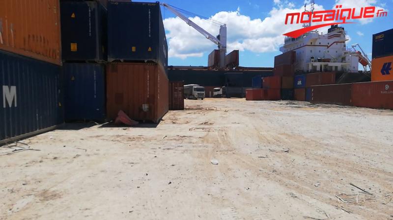 والي بنزرت يهدّد بغلق الميناء التجاري
