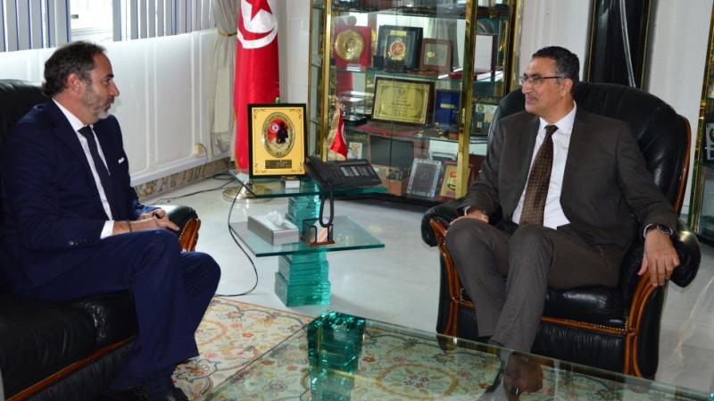الوضع الأمني الإقليمي محور لقاء الحزقي بسفير الإتحاد الأوروبي بتونس