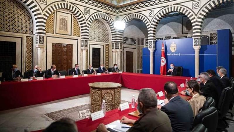 لجنة مجابهة كورونا تقدم مقترحات جديدة لمنع عودة انتشار الفيروس