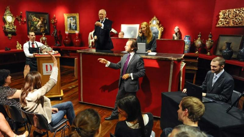 بيع قطع أثرية تونسية بباريس: المعهد الوطني للتراث يوضّح