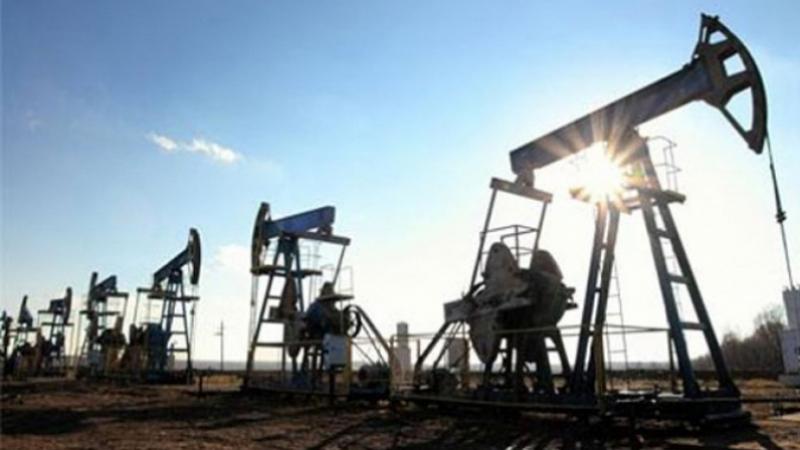 تأجيل الإضراب القطاعي في النفط