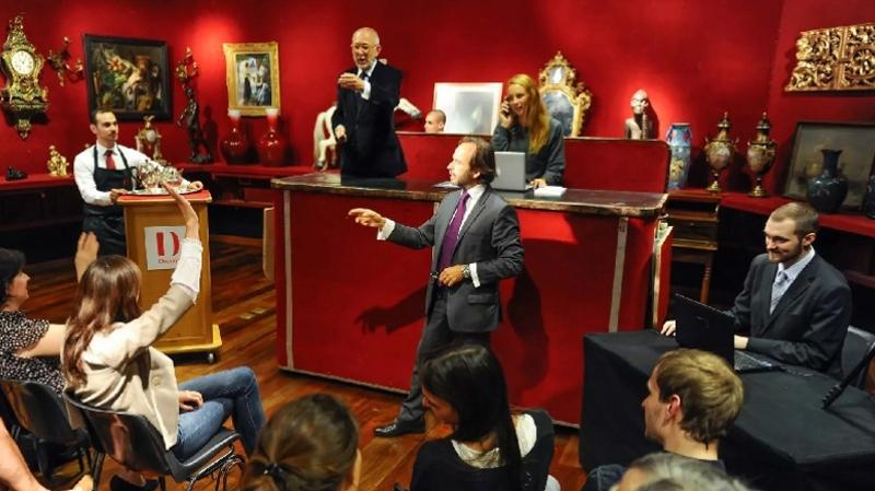 إلغاء مزاد باريس لبيع قطع أثرية تونسية: صاحب المقتنيات يوضّح