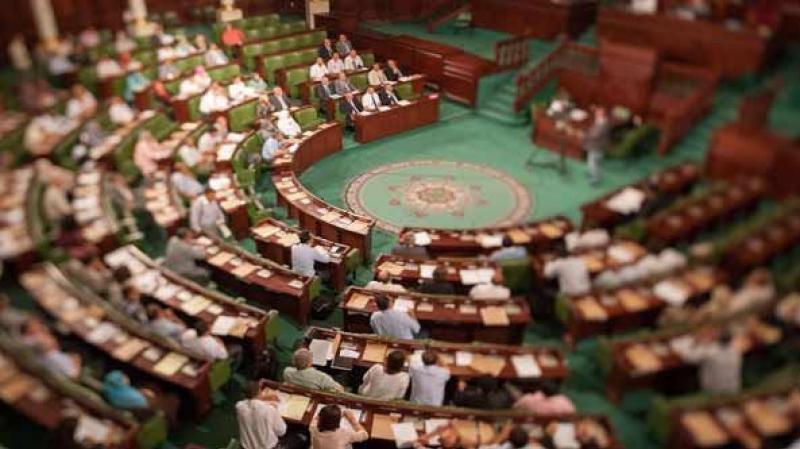 بطلب من النواب: الغنوشي يلتزم بعدم مغادرة قاعة الجلسة