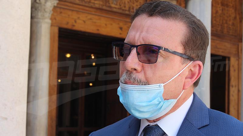 وزير الشؤون الدينية يحذّر: قد نُعيد غلق المساجد..