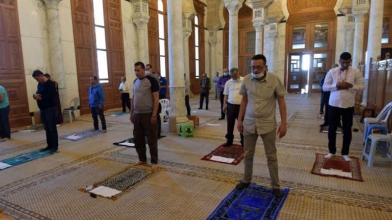 غدا.. فتح المساجد والمطاعم والمقاهي