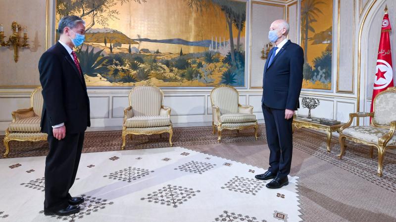 قيس سعيد يلتقي سفير الصين بمناسبة انتهاء مهامه