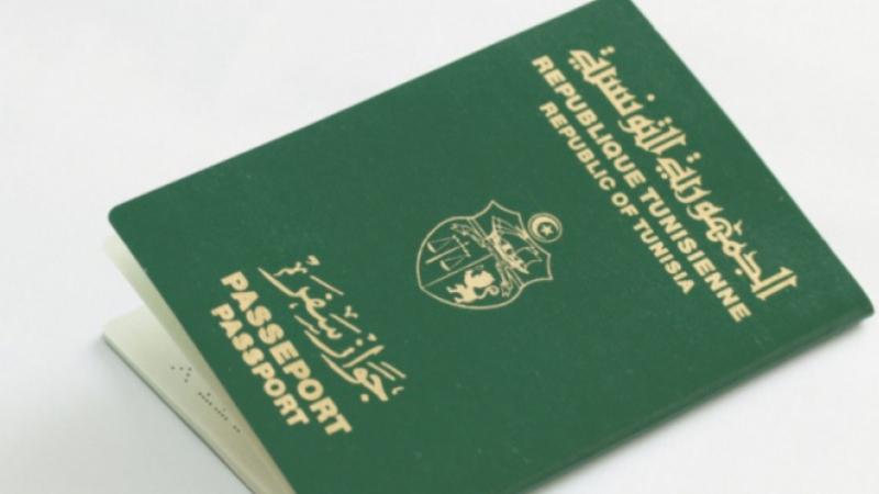تونسيون مقيمون في السعودية: ''نشعر أنّ الحكومة تخلّت عنّا''