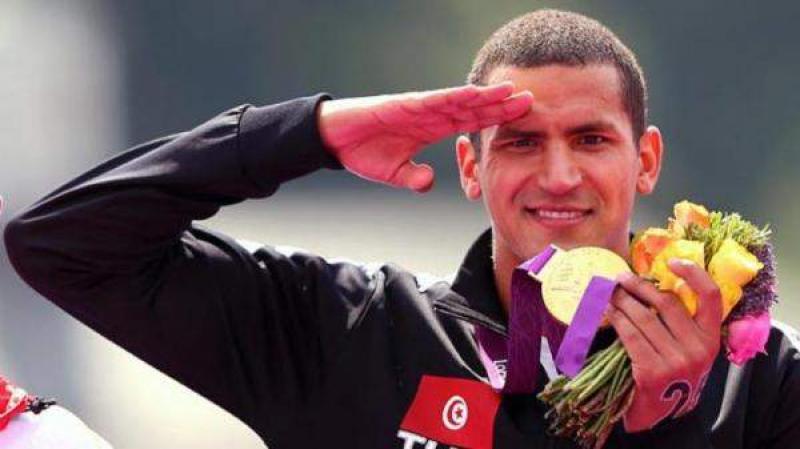 بسبب البطالة : البطل التونسي أسامة الملولي يطلب إعانة من أمريكا !