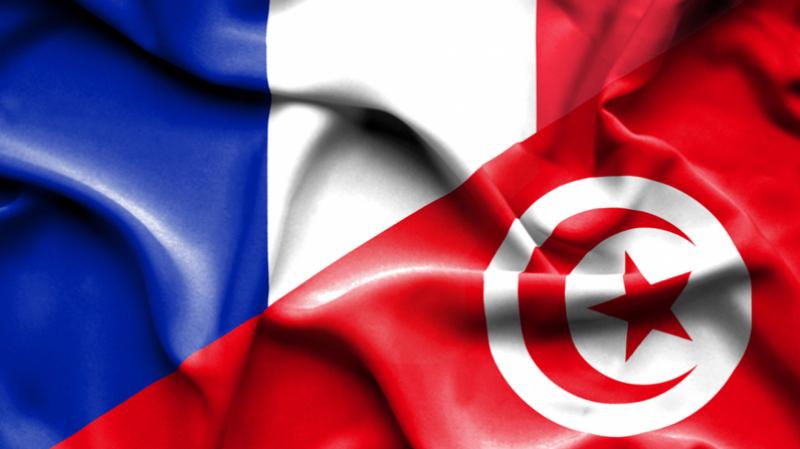 إجلاء عالقين في تونس نحو فرنسا