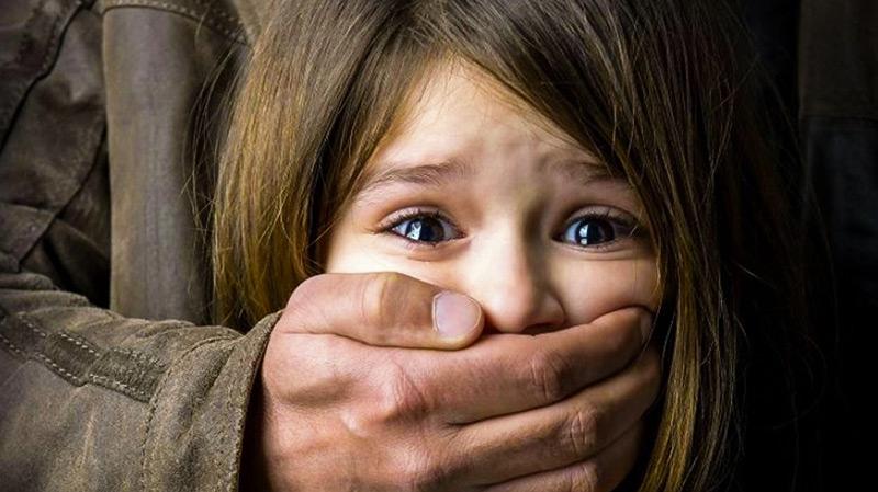 ألمانيا: الكشف عن شبكة من 30 ألف شخص تعتدي جنسياً على الأطفال