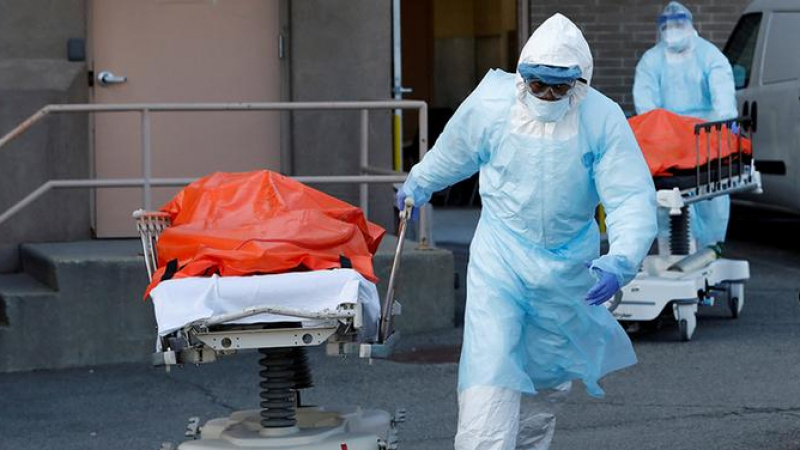أمريكا: أكثر من 42 ألف إصابة جديدة بكورونا في يوم واحد