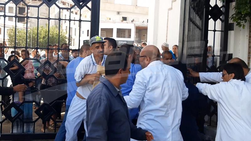 إحتقان في صفوف الوافدين على مستشفى فرحات حشاد وتبادل للعنف