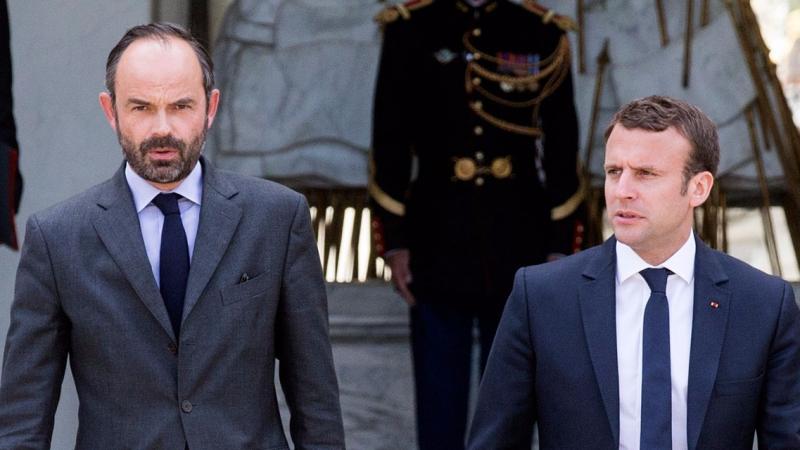 استقالة الحكومة الفرنسية