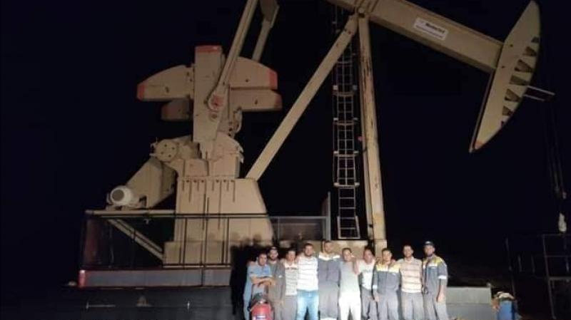شباب تطاوين يرفعون 'شعار الضخ لا' ويوقفون الإنتاج بالصحراء