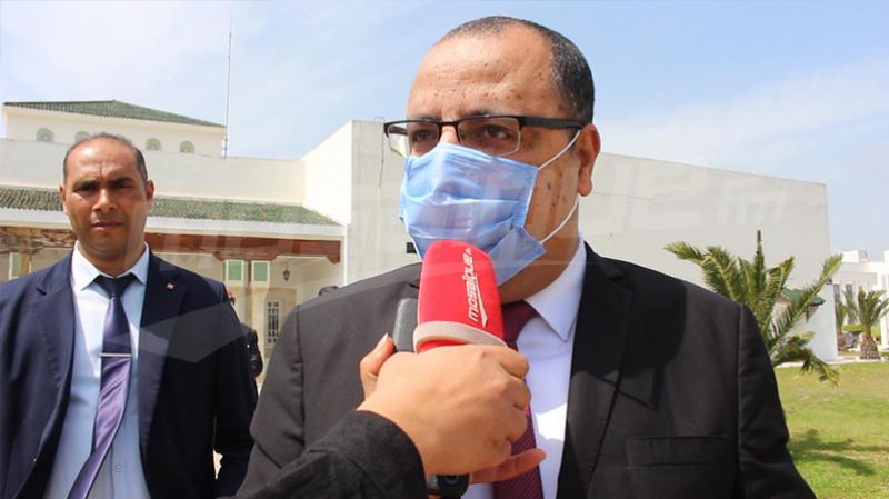 مسامير على الطريق السيارة تونس-الحمامات: وزير الداخلية يعلّق