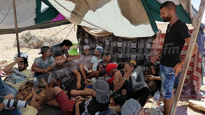 تطاوين: محتجون يعتصمون بالكامور ويهددون بقطع ضخ البترول
