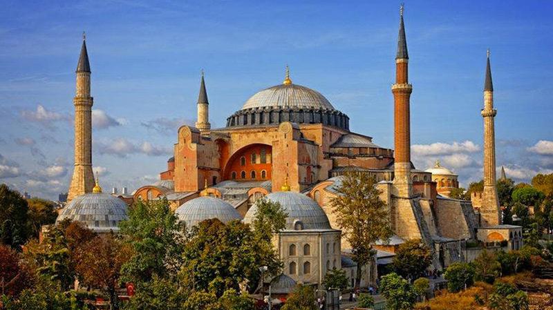 تركيا: مجلس الدولة يسمح بتحويل آيا صوفيا إلى مسجد