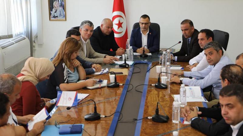 وزارة الرياضة تناقش مقترح جامعة كرة القدم الخاص بقانون الجمعيات
