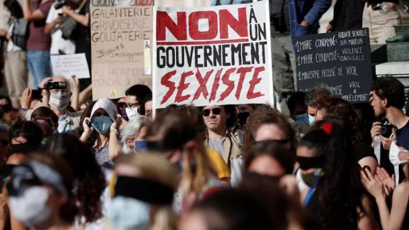 فرنسا: مظاهرات ضدّ وزير الداخلية الجديد ''المتهم بالاغتصاب''
