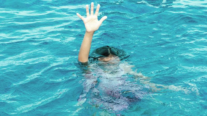 وفاة طفلة الـ13 سنة غرقا في شاطئ جرجيس