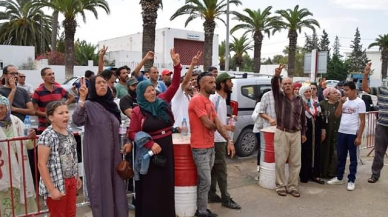 جندوبة: سكان منطقة الهوايدية يحتاجون بسبب المياه..