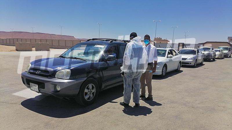 إجلاء تونسيين عالقين بليبيا وسط اجراءات صحية وأمنية مشدّدة