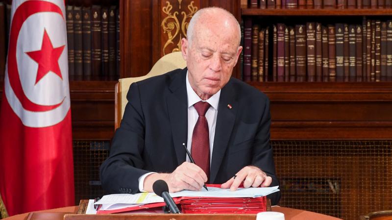 رئيس الجمهورية يهنئ التونسيين بعيد الاضحى