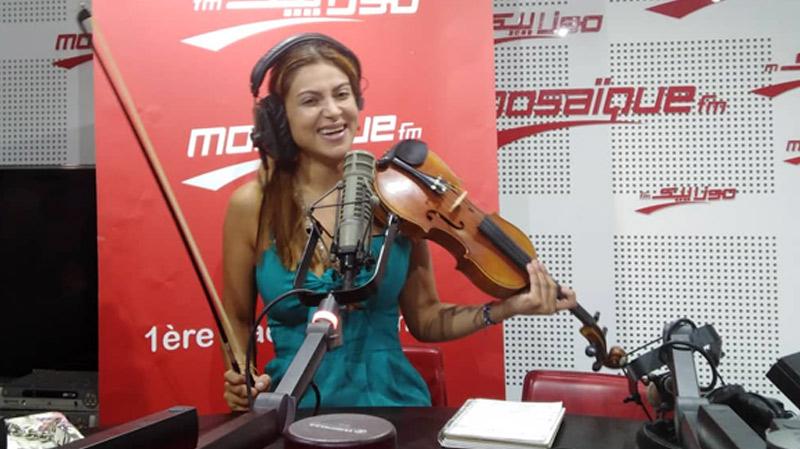 ياسمين عزيّز: واجهت صعوبات لأصبح عازفة كمان.. ولكني أثبتّ جدارتي
