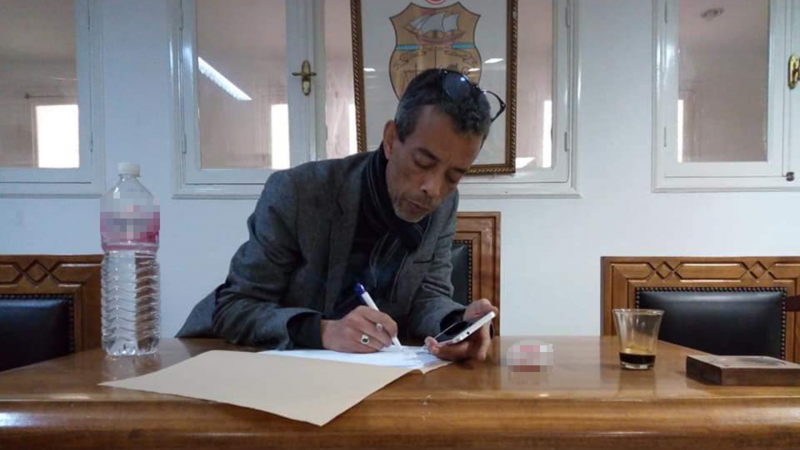 إيقاف رئيس نقابة أعوان العدلية عن العمل بسبب'الإساءة لرئاسة الجمهورية'